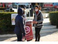 Keşan Emniyeti, kadına yönelik şiddete karşı broşür dağıttı