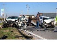 Karantinadan çıktı, hastaneye giderken kazaya karıştığı otomobilde sıkıştı