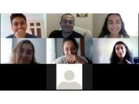 Ceren Özdemir Adalar Gençlik Merkezi'nden online temel oyunculuk atölyesi