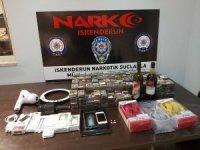 İskenderun'da uyuşturucu operasyonu: 2 gözaltı