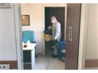 Körfez Devlet Hastanesi günlük olarak dezenfekte ediliyor