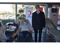 Pandemiye rağmen rekor kan bağışı