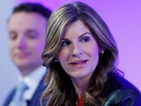 Büyük şirketlerin yönetim kurullarına kadın üye şartı