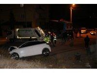 Niğde'de kısıtlamaya saniyeler kala kaza: 2 yaralı