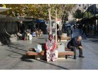 14 saatlik sokağa çıkma kısıtlaması bitti, Diyarbakırlılar işlerinin yolunu tuttu