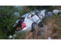 Alanya'da otomobil uçuruma yuvarlandı: 1'i ağır 5 yaralı