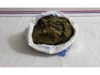 Elazığ'da 1 kilo 600 gram esrarla yakalanan şüpheli tutuklandı