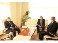 Başkan Büyükkılıç'tan Develi Belediyesi'ne ziyaret