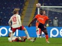UEFA Şampiyonlar Ligi: Medipol Başakşehir: 1 - RB Leipzig: 2 (İlk yarı)