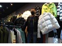 Virüs giyim sektörünü vurdu, kışlıklar tezgahlarda kaldı
