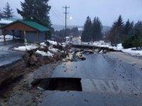Alaska'da toprak kayması: 6 kayıp
