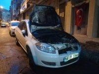 İzmir'de park halindeki araç kundaklandı