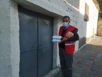 Diyarbakır'da ihtiyaç sahibi ailelere yemek dağıtıldı