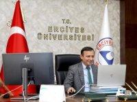 ERÜ Rektörü Çalış uluslararası öğrenciler ile bir araya geldi