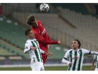 TFF 1. Lig: Bursaspor: 0 - Ümraniyespor: 1 (İlk yarı)