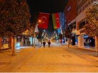 Sakarya'da sokaklar sessizliğe büründü