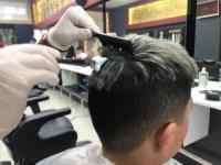 Erkeklerde yeni trend gri saç
