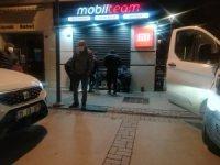 İzmir'de 13 yaşındaki çocuk 20 bin liralık cep telefonu çaldı