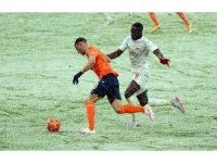 Süper Lig: Medipol Başakşehir: 1 - DG Sivasspor: 1 (İlk yarı)