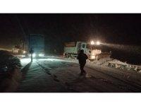 Sındırgı-Akihisar yolu trafiğe kapandı
