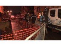 Üsküdar'da kar ve yağmur yağışı nedeniyle istinat duvarı çöktü