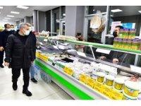 Yeşilyurt Belediyesi yeşil gıda marketlerine vatandaşlar yoğun ilgi gösteriyor