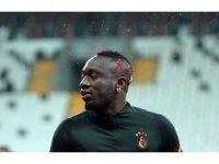 Mbaye Diagne kırmızı kart gördü