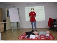 Türk Kızılay'ı Manisa Şubesi İlk Yardım Eğitim Merkezi ilk eğitimini verdi