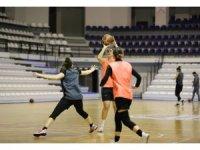 Turgutlu Belediyespor Kadın Basketbol hazırlıklarına devam ediyor