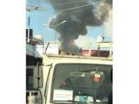 Zeytinburnu'nda güvercin kümesi alev alev yandı