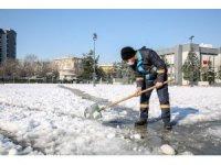 Nilüfer'de karla mücadele seferberliği