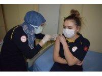 İnhisar'da CoronaVac aşısı uygulanmaya devam ediyor