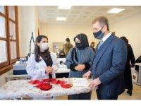 Gaziosmanpaşa'da Türk ve mülteci kadınlar birlikte üretiyor