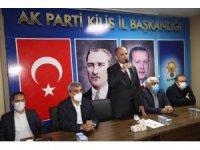 AK Parti'nin yeni yönetimi ilk toplantısını yaptı