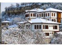 """""""Osmanlı'nın parmak izi"""" Safranbolu'da kar manzaraları mest etti"""