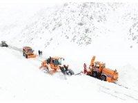 Van-Çatak karayolu ulaşıma açıldı