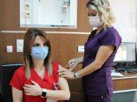 Alkol ve sigara corona virüs aşısının etkisini azaltıyor