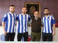 Ankaraspor 3 oyuncuyu renklerine bağladı
