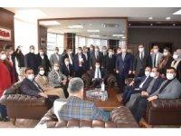 Menemen Belediyesi Başkanvekili Pehlivan'a AK Partili heyetten ziyaret