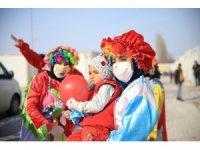 Konteyner kentteki depremzede çocuklara özel etkinlik