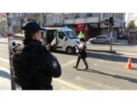 Diyarbakır'da kısıtlama denetimleri ikinci gününde de devam ediyor
