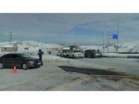 Kayseri'de konaklama belgesi olmayan kayakçılara denetim yapıldı