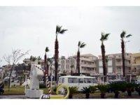 Meteoroloji'den Aydın'a kuvvetli rüzgar ve fırtına uyarısı