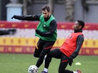 Galatasaray'da Feghouli'nin durumu yarın netlik kazanacak