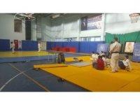 İl Spor Merkezleri sporcular için açılmaya devam ediyor