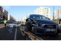 Diyarbakır'da kayganlaşan yolda zincirleme trafik kazası: 1 yaralı
