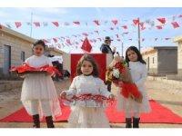 Suriyeli yetimler için yaptırılan briket evler tamamlandı