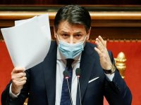 İtalya'da beklenen oldu… Başbakan istifa etti