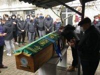 Lojmandaki odasında ölü bulunan basketbolcu toprağa verildi