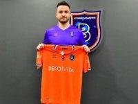 Medipol Başakşehir, Ömer Ali Şahiner ile 2,5 yıllık sözleşme imzaladı